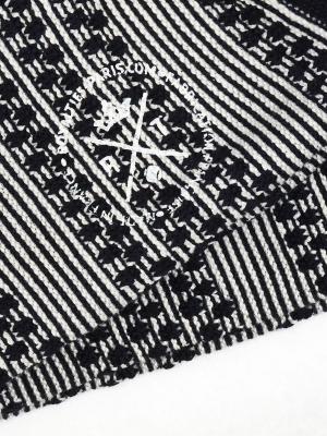 Chaussettes en rayures jacquard marine et ivoire