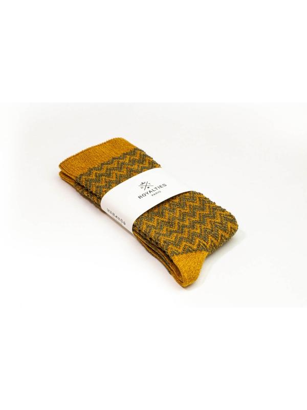 Chaussettes ocres à chevrons