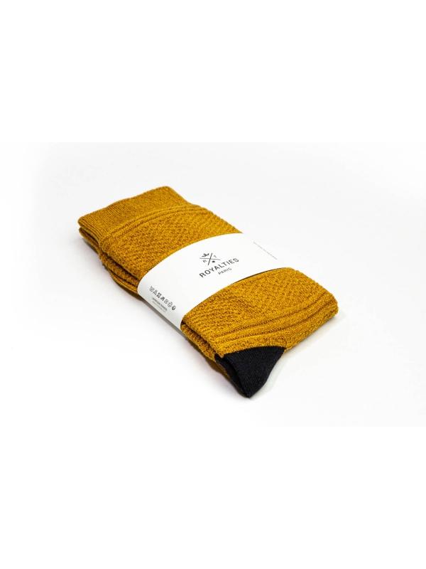 Chaussettes 3 fils ocre en point de Guernesey avec talon et pointe contrastés