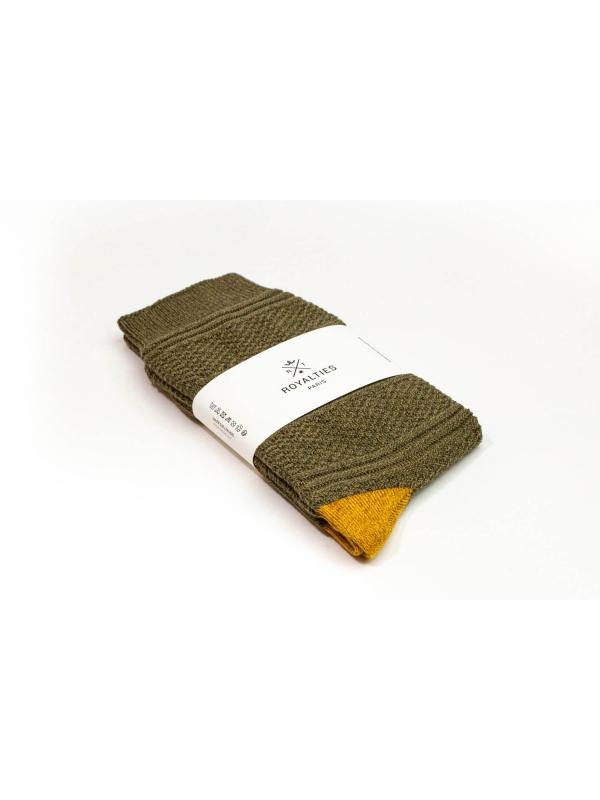 Chaussettes 3 fils kaki en point de Guernesey avec talon et pointe contrastés