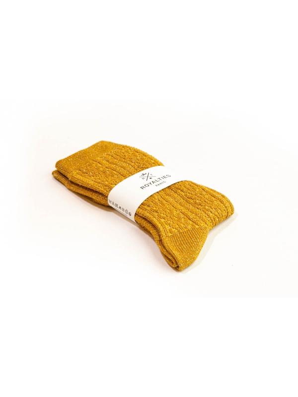 Chaussettes ocre brillantes à tricotage épi de blé
