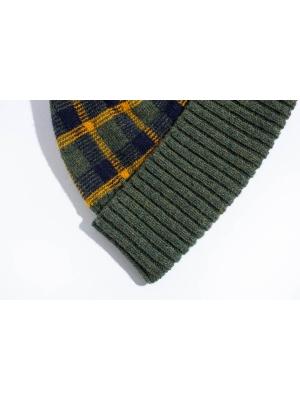 Coffret duo bonnet tartan kaki et chaussettes marine à motifs de coeur pour elle