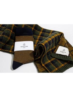 """Coffret duo écharpe tartan kaki et chaussettes à jacquard """"tweed"""" marine"""
