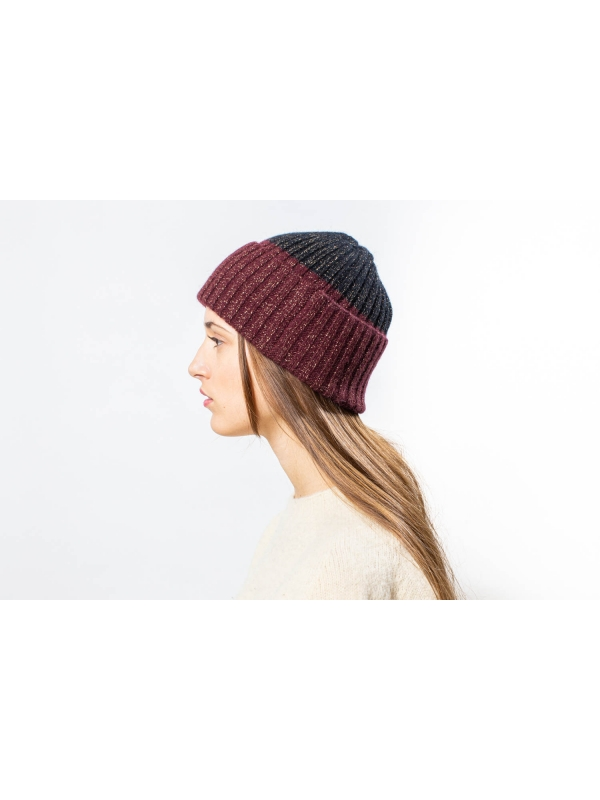 Bonnet brillant en color block bordeaux et noir