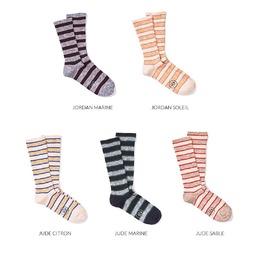 Stripe Tease!  On commence la semaine par nos rayures club aux coloris vibrants, un petit access de rentrée pour vous chausser en beauté 👌🏻 ___________  #mondaysocks #socksoftheday #stripedsocks #royaltiessocks  #royaltiesparis #chaussettes #madeinfrance #chaussettesrayées #savoirfaire #qualité